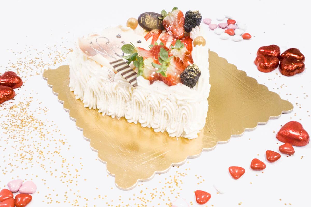 Torta San Valentino gusto fragola